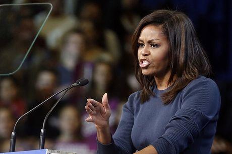 De nhat phu nhan Michelle Obama gian tiep che Trump bang cach khen ngoi chong - Anh 1