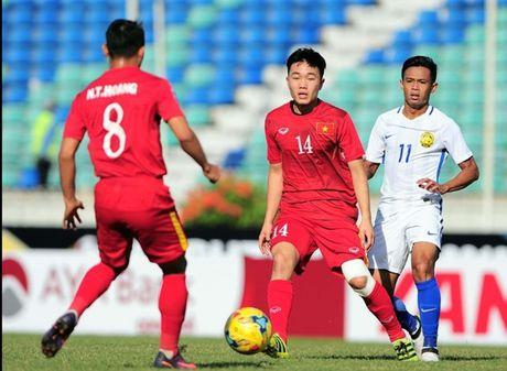 Gangwon FC so sanh Xuan Truong voi huyen thoai Park Ji Sung - Anh 1