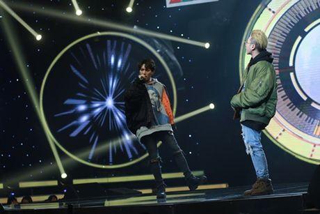 Thanh vien Super Junior lam ca si va khan gia Viet dieu dung - Anh 4