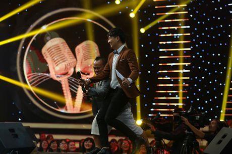Thanh vien Super Junior lam ca si va khan gia Viet dieu dung - Anh 6