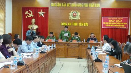Dinh chi dieu tra vu sat hai Bi thu, Chu tich HDND tinh Yen Bai - Anh 1
