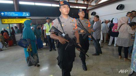 Phien quan Indonesia am muu tan cong bang ma tau dip nam moi - Anh 1