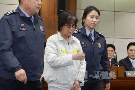 Ba Choi Soon-sil thua nhan chinh sua nhieu phat bieu cua Tong thong - Anh 1