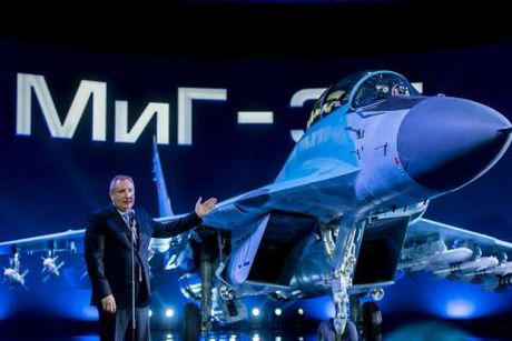 MiG-35 mang vu khi laser: Quan chuc Nga khong nham lan - Anh 1