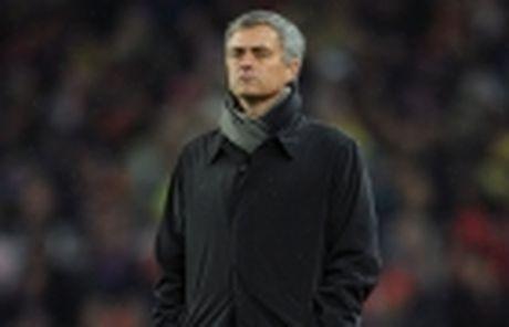 Chiu nghe loi Mourinho, ai cung song khoe tai M.U - Anh 5