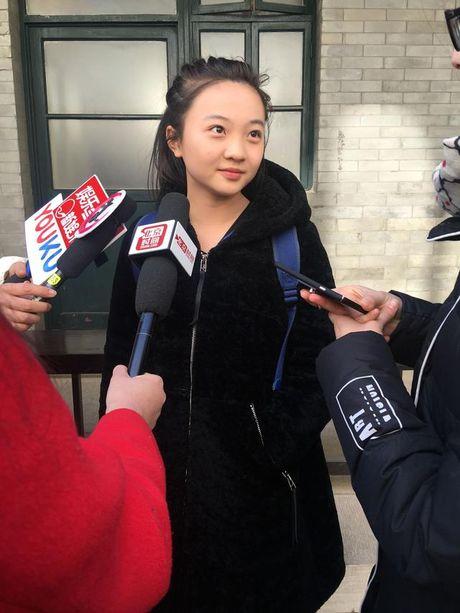 Co be hat khai mac Olympic Bac Kinh cang lon cang xinh dep - Anh 5