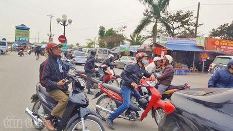 Gia gui xe di le den Tran bat dau 'phi ma', gia xe om tang gap 2,5 lan - Anh 5