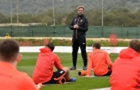 5 de che dan lun bai trong ki nguyen Premier League: Man Utd van chua gi - Anh 3