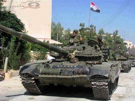 Chien su khoc liet giua Quan doi Syria voi IS o Palmyra - Anh 1