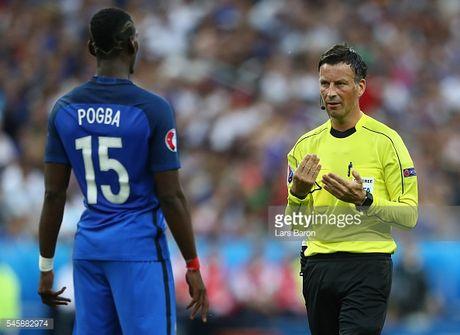 Trong tai bat chinh tran chung ket Euro 2016 chia tay Premier League - Anh 4
