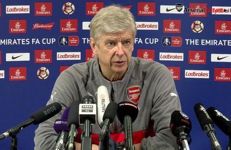 HLV Wenger thua nhan co the roi Arsenal - Anh 1