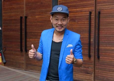 Dam Vinh Hung va Duong Trieu Vu than thiet o su kien - Anh 8