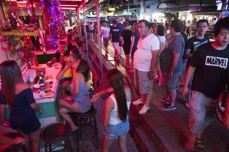 Thai Lan siet chat quan ly 'thu phu mai dam' Pattaya - Anh 1