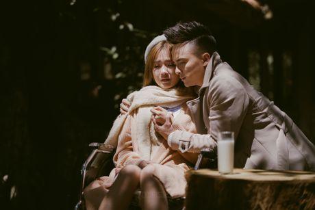 Cao Thai Son om ap hot girl trong MV moi - Anh 7