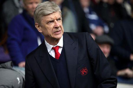 Ga nha giau giai cuu Wenger khoi 'dia nguc' Arsenal - Anh 1