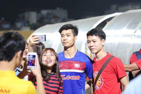 Xuan Truong, Cong Phuong moi tay ky tang fan nu - Anh 2