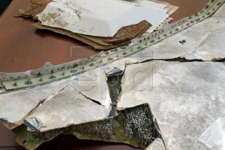 Vu may bay MH370 mat tich: Gioi khoa hoc Australia xac dinh vung tim kiem moi - Anh 1