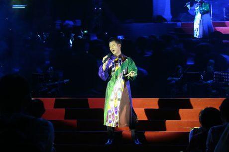 Khi bai 'Noi vong tay lon' duoc vang tai dem nhac Trinh Cong Son o Hue - Anh 23