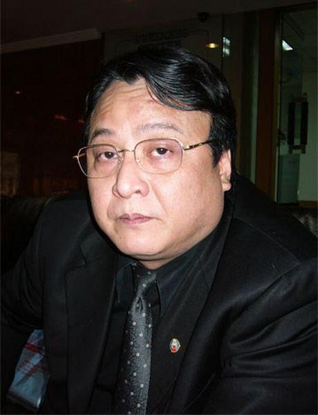 Chu tich Tap doan Tan Hoang Minh bat ngo len tieng ve viec 'chong lung' cho Minh Hang - Anh 2