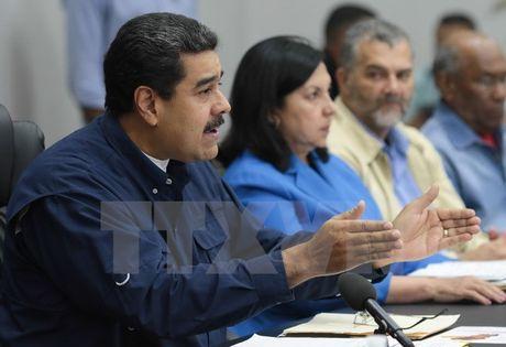 Tong thong Venezuela Nicolas Maduro gia han tinh trang khan cap - Anh 1