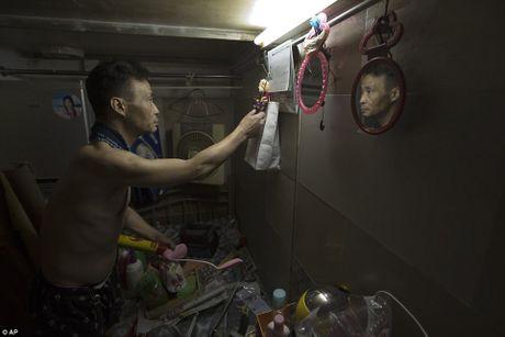 Chum anh moi nhat ve nhung 'can ho quan tai' gay am anh o Hong Kong - Anh 13