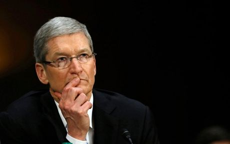 Ma doc WannaCry: Tim Cook da dung khi tu choi giup FBI hack iPhone - Anh 1