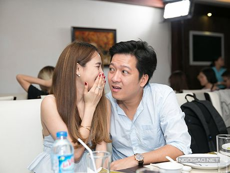 Truong Giang 'qua tron' voi ban dien nu, Nha Phuong co lo au? - Anh 18