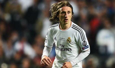 James ra di, de lai cau hoi ve chiec ao so 10 cua Real Madrid - Anh 2