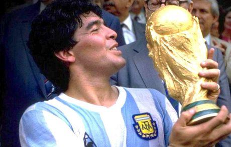 Maradona, Casillas va nhung cau thu tung vo dich ca World Cup lan U20 World Cup - Anh 1