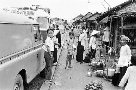 Anh doc ve hang rong via he Sai Gon nam 1959 - Anh 7