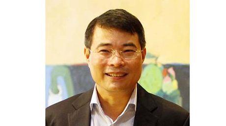 Thong doc Le Minh Hung: Lai suat da giam 40% so voi nam 2011 - Anh 1