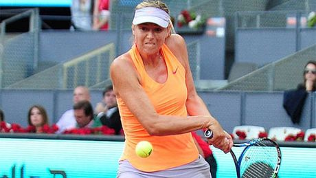 Dinh chan thuong, Sharapova rut lui khoi Italia mo rong - Anh 2