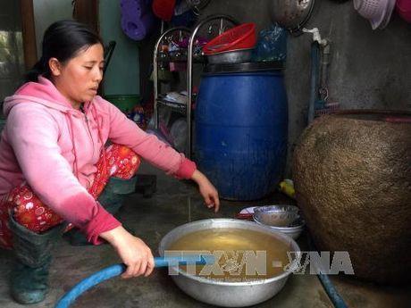 Tra tien mua nuoc sach nhung phai dung nuoc ban - Anh 1