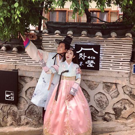 Ngo Kien Huy - Khong Tu Quynh sieu quay khi mac hanbok quay MV tai Han Quoc - Anh 9