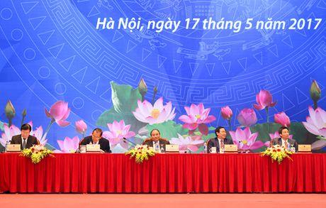 Thu tuong Nguyen Xuan Phuc: Nam nay la nam giam phi cho doanh nghiep - Anh 1