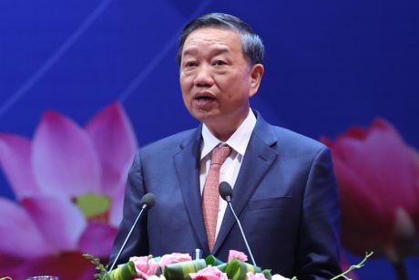 Thu tuong Nguyen Xuan Phuc: Nam nay la nam giam phi cho doanh nghiep - Anh 4