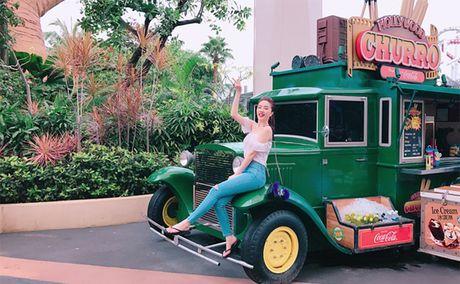 Bao Thy di Singapore 'nap lai nang luong' sau dang quang The Remix - Anh 4