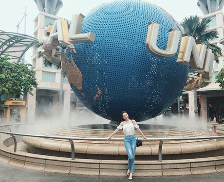 Bao Thy di Singapore 'nap lai nang luong' sau dang quang The Remix - Anh 5