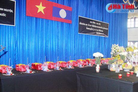 Cau sieu cho liet sy quan tinh nguyen, chuyen gia Viet Nam hy sinh tai Lao - Anh 1