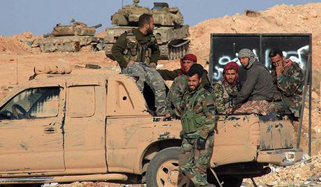Quan doi Syria lien tiep thang loi truoc phien quan IS o chao lua Homs - Anh 1