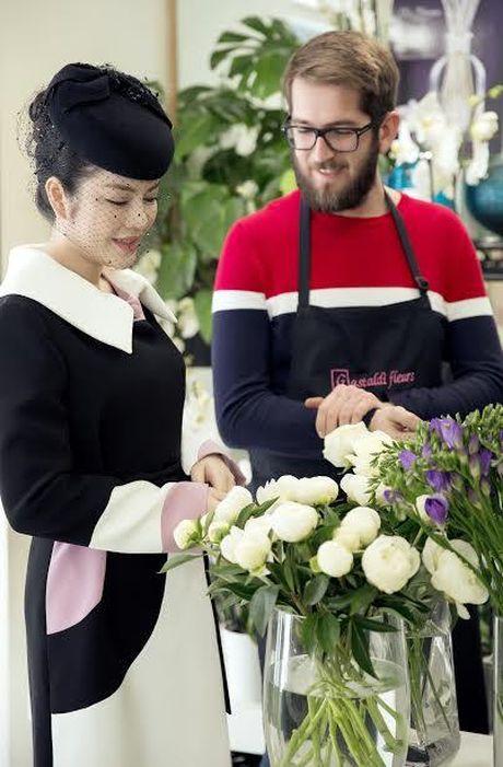 Ly Nha Ky dep quy phai toi vieng mo Cong nuong Grace Kelly - Anh 1