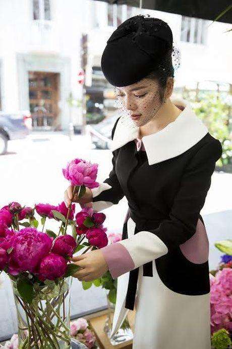 Ly Nha Ky dep quy phai toi vieng mo Cong nuong Grace Kelly - Anh 3