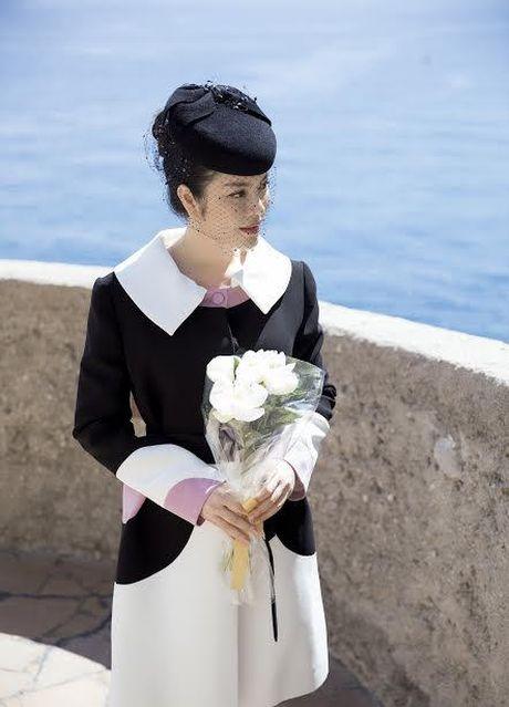 Ly Nha Ky dep quy phai toi vieng mo Cong nuong Grace Kelly - Anh 6