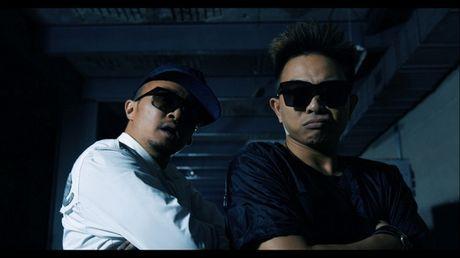 BigDaddy tiep suc them cho PB Nation voi MV moi thuc hien tai Hong Kong - Anh 5