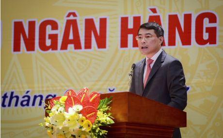 Thong doc Le Minh Hung: 'Se xem xet lai ty le von ngan han cho vay trung dai han' - Anh 1