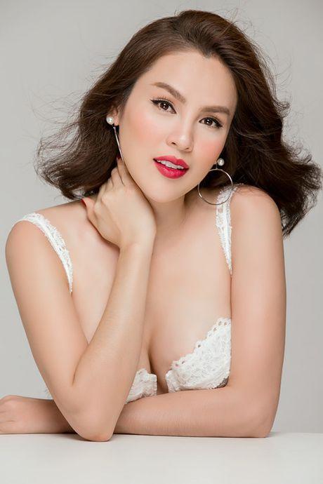 A hau Phuong Le: 'Dan ong khong muon xuat hien ben nguoi phu nu xau' - Anh 3
