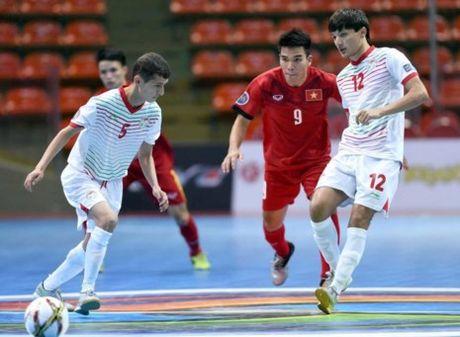 Viet Nam - Tajikistan (4-2): Dau da xuoi - Anh 3