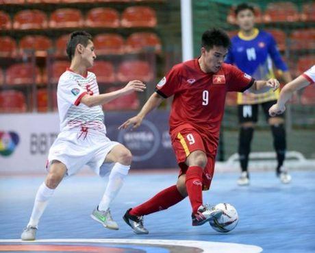 Viet Nam - Tajikistan (4-2): Dau da xuoi - Anh 4