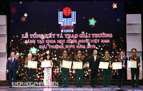 Trao Giai thuong Sang tao khoa hoc va cong nghe Viet Nam 2016 - Anh 1