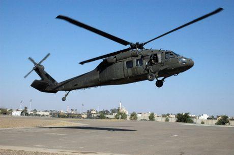 Can canh truc thang sat thu dieu hau den UH-60 Black Hawk cua My - Anh 10